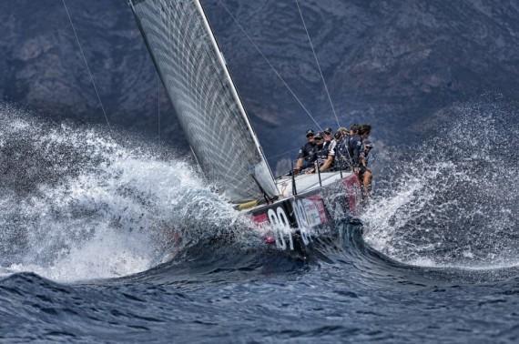 Moïse boat - Chris Cameron