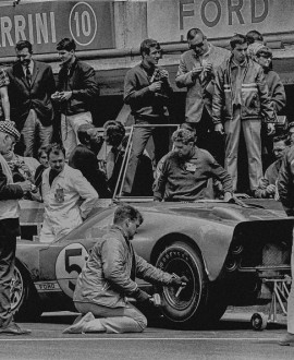 Pitstop Ford5 - LAT Archive