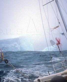 Icy Moment 1 - Van den Heede