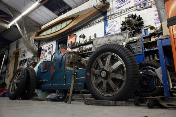 Bugatti Novo4 - Henri Thibault