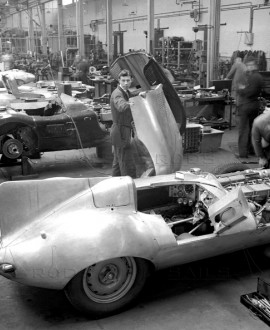 Usine Jaguar 55 - LAT Archive